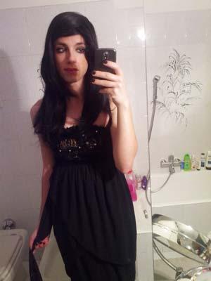 Creil 60100 : Karine travestie brune et coquette