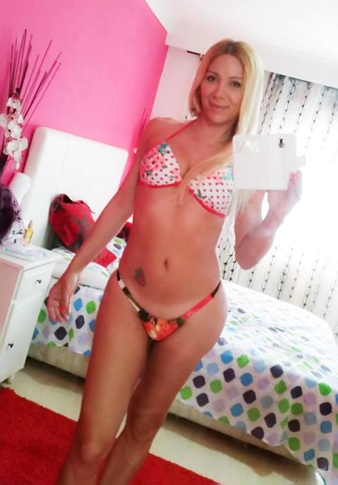 Transexuel au bikini bien rempli à Toulouse 31100