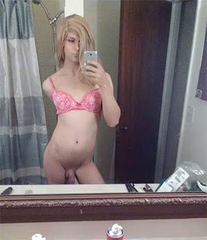Transsexuel accro aux queues et aux selfies sur Lille